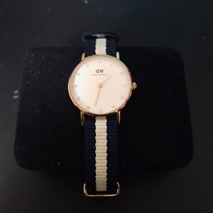 Daniel Wellington Swarovski Watch